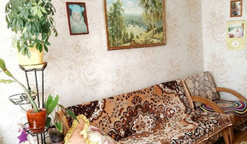 2 комнаты, п. Сосновка, улица Рабочая, д. 37